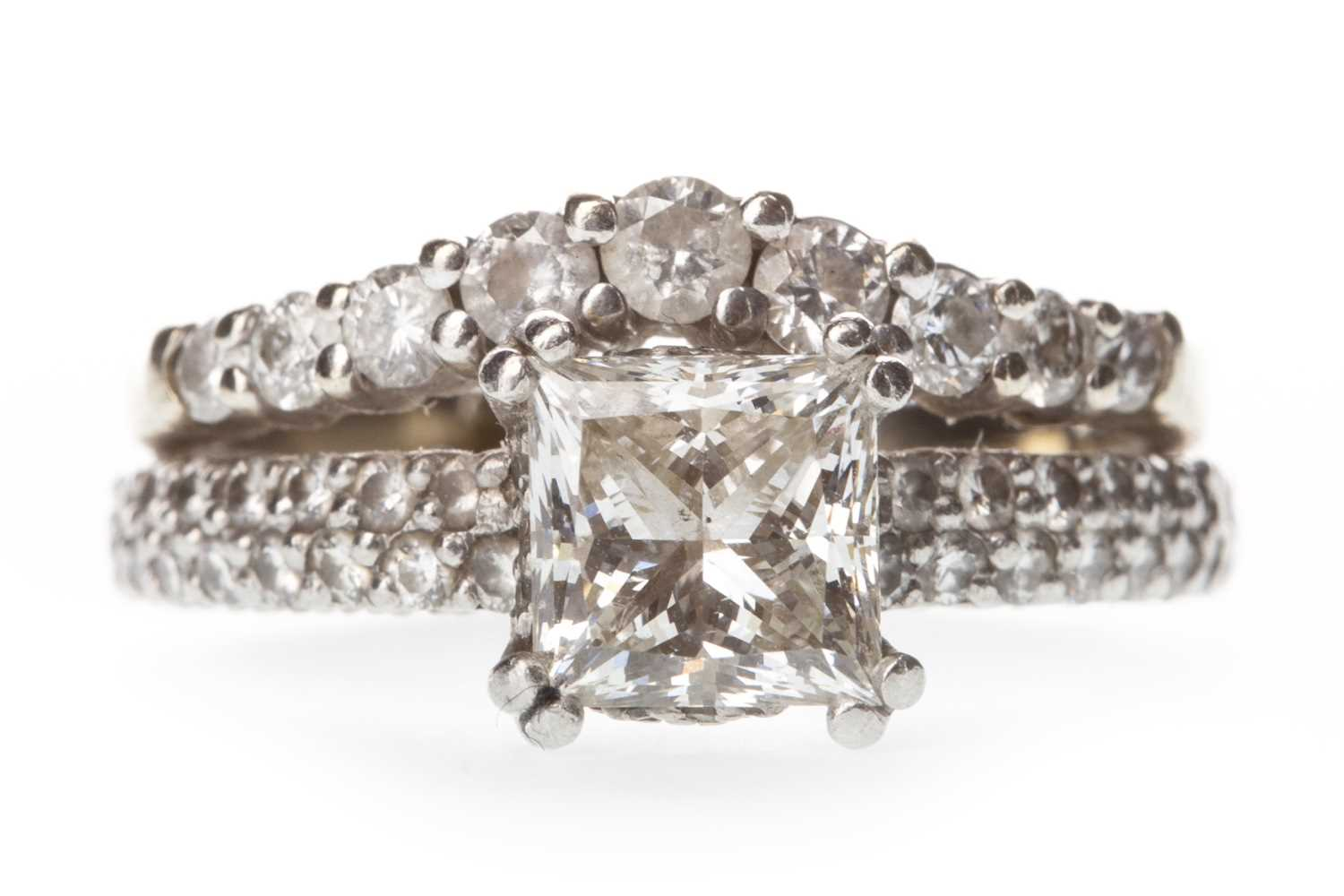 Lot 311-A DIAMOND DRESS RING
