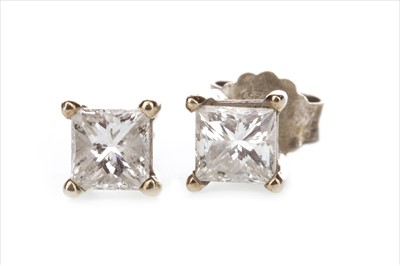 Lot 313-A PAIR OF DIAMOND STUD EARRINGS