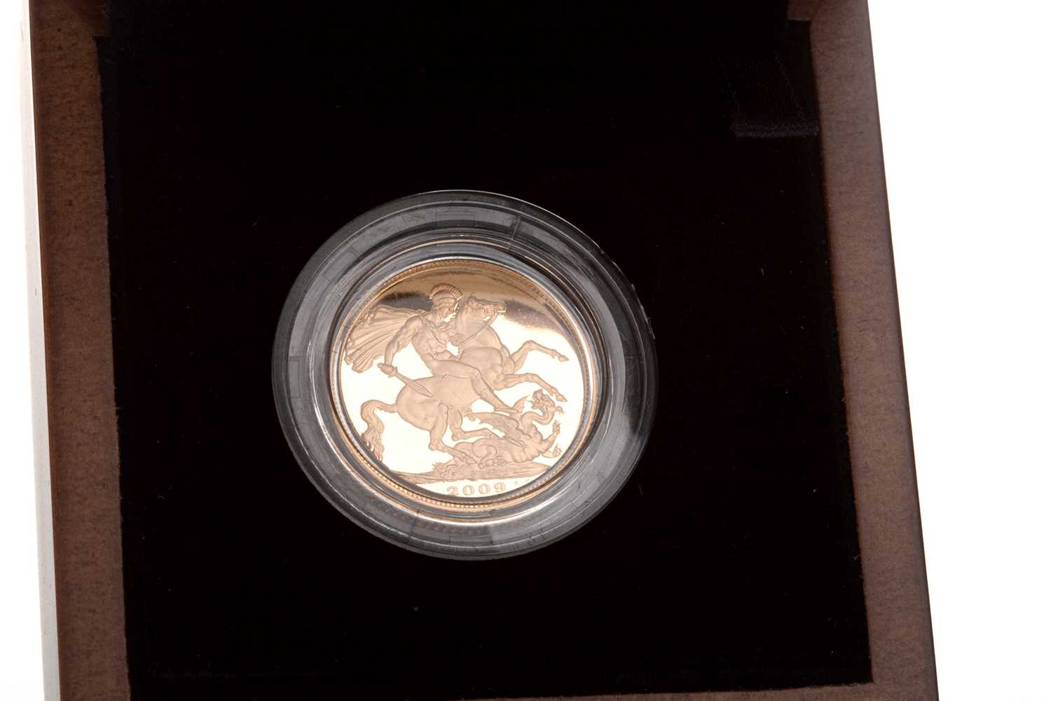 Lot 21-A THE ROYAL MINT GOLD SOVEREIGN, 2009
