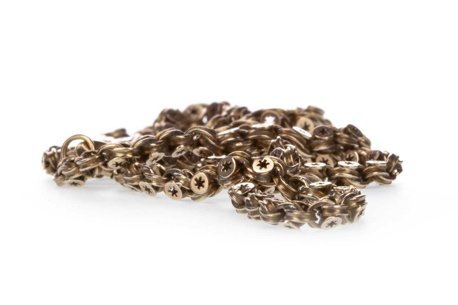 Lot 322-A CHAIN NECKLACE