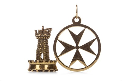 Lot 333-A MALTESE CROSS PENDANT AND A SEAL FOB