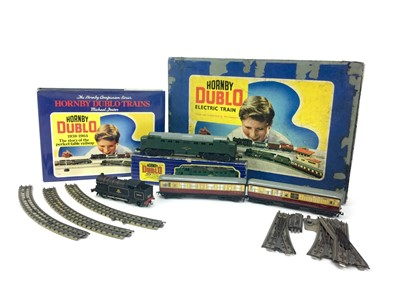 Lot 1621-A LOT OF BOXED HORNBY DUBLO LOCOMOTIVES AND TENDER