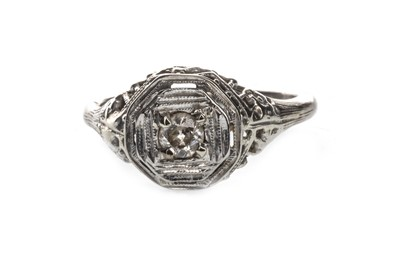 Lot 1354-AN ART DECO DIAMOND RING
