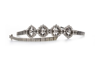 Lot 351 - A DIAMOND BRACELET