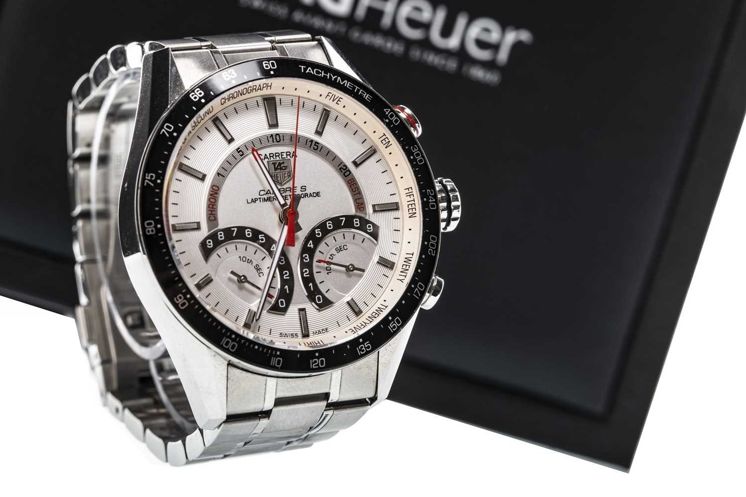 Lot 728 - A GENTLEMAN'S TAG HEUER CARRERA CALIBRE S STAINLESS STEEL QUARTZ WRIST WATCH