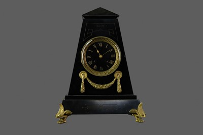 Lot 1290 - A VICTORIAN 'EGYPTIAN REVIVAL' BLACK SLATE MANTEL CLOCK