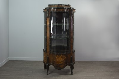 Lot 1314 - A 19TH CENTURY FRENCH KINGWOOD AND BRONZED METAL VITRINE