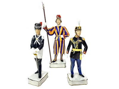 Lot 1001-A LOT OF FIVE ROYAL WORCESTER PAPAL SERIES FIGURES