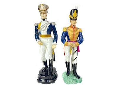Lot 1002-A LOT OF FIVE ROYAL WORCESTER THE HISTORICAL MILITARY SERIES FIGURES