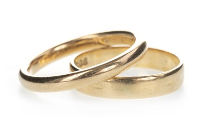 Lot 806 - TWO EIGHTEEN CARAT GOLD WEDDING BANDS
