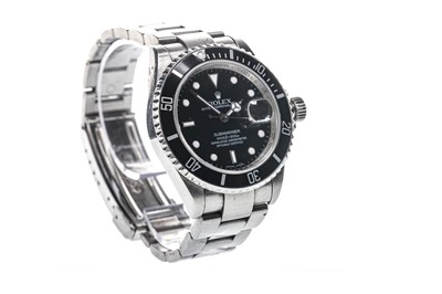 Lot 859-GENTLEMAN'S ROLEX OYSTER PERPETUAL DATE SUBMARINER STAINLESS STEEL AUTOMATIC WRIST WATCH