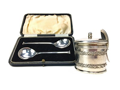 Lot 413-A PAIR OF SILVER PRESERVE SPOONS, ALONG WITH A PRESERVE JAR