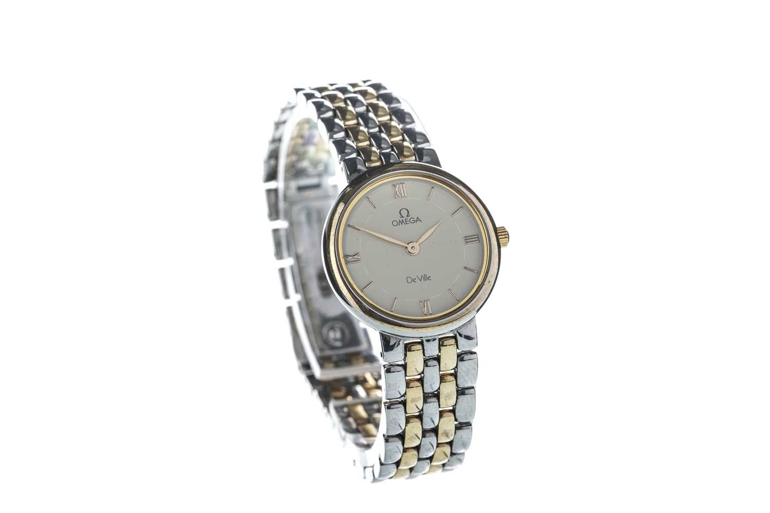 Lot 704 - A LADY'S OMEGA DE VILLE BI COLOUR STAINLESS STEEL QUARTZ WRIST WATCH