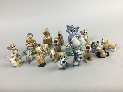 Lot 16-A LOT OF WADE WHIMSIES
