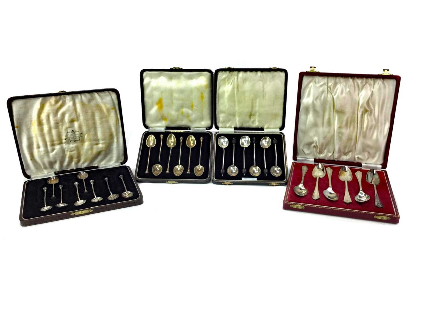 Lot 418 - A CASED SET OF SIX SILVER TEA SPOONS AND THREE OTHERS