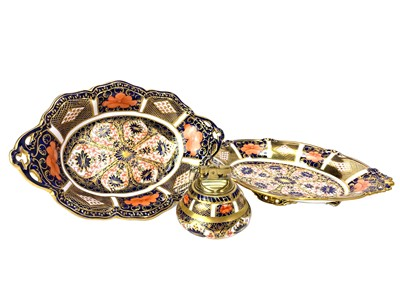 Lot 1012-A LOT OF TWO ROYAL CROWN DERBY IMARI COMPORTS ALONG WITH A TABLE LIGHTER