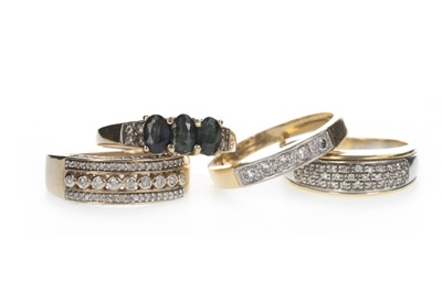 Lot 822 - FOUR DIAMOND SET RINGS