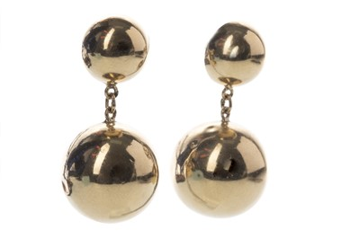 Lot 828 - A PAIR OF GOLD SPHERE EARRINGS