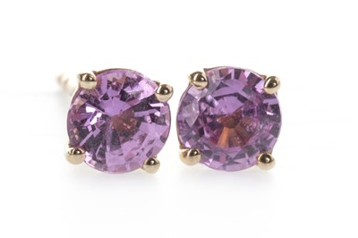 Lot 847 - A PAIR OF PINK SAPPHIRE STUD EARRINGS
