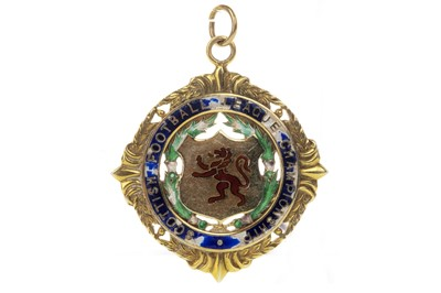 Lot 1740 - JIM BROGAN OF CELTIC F.C. - HIS SCOTTISH FOOTBALL LEAGUE CHAMPIONSHIP MEDAL 1970/71