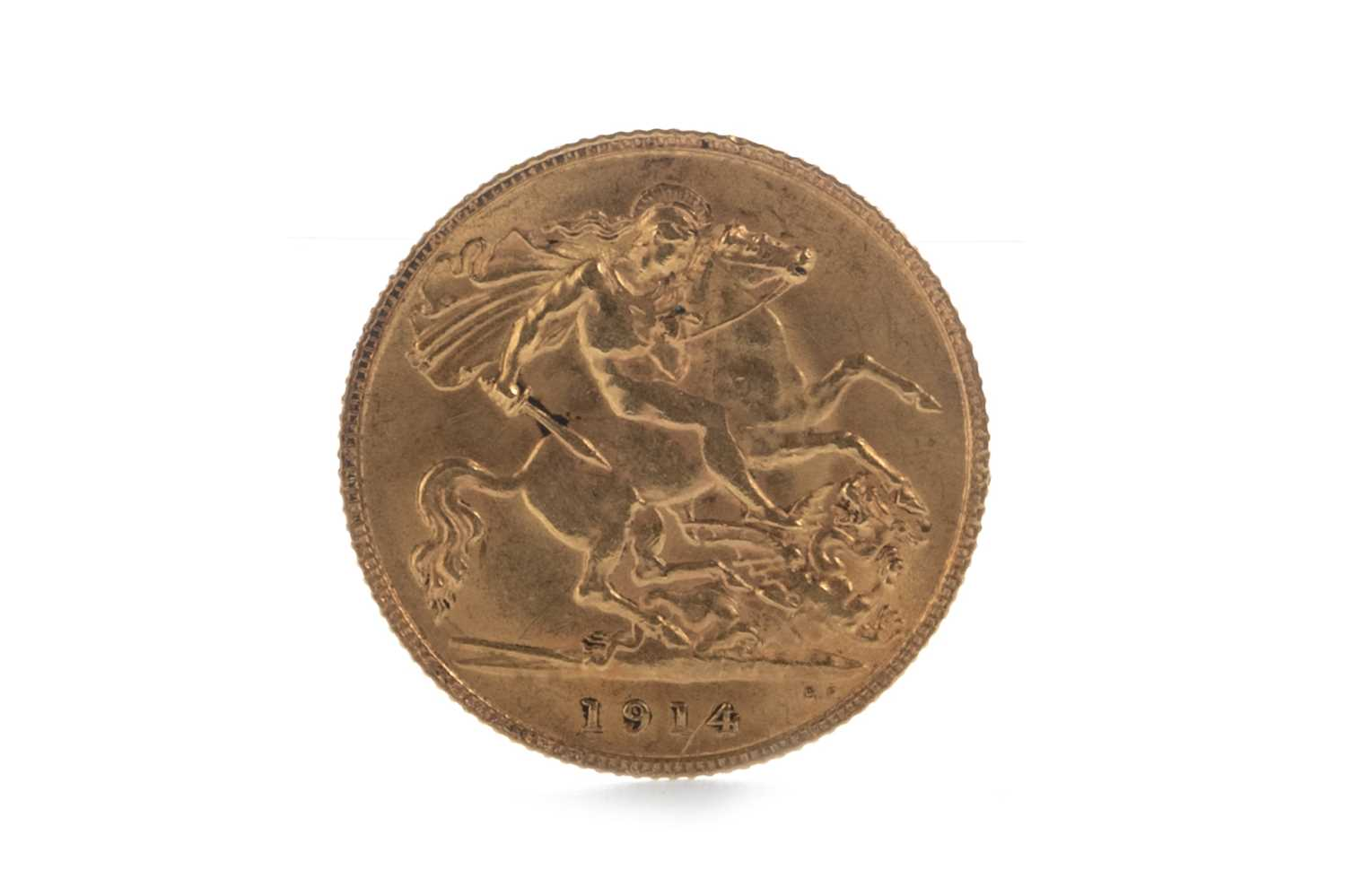 Lot 12-A GEORGE V (1910 - 1936) GOLD HALF SOVEREIGN DATED 1914