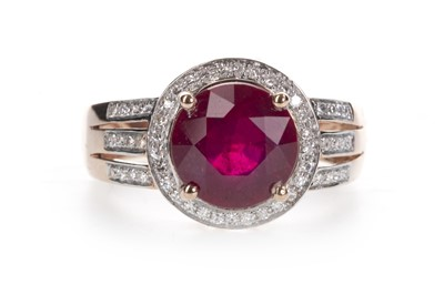 Lot 876-A RED GEM SET AND DIAMOND RING