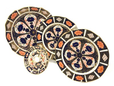 Lot 1022-A LOT OF THREE ROYAL CROWN DERBY PLATES AND A PIN DISH