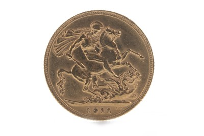 Lot 8-A GEORGE V (1910 - 1936) GOLD SOVEREIGN DATED 1911