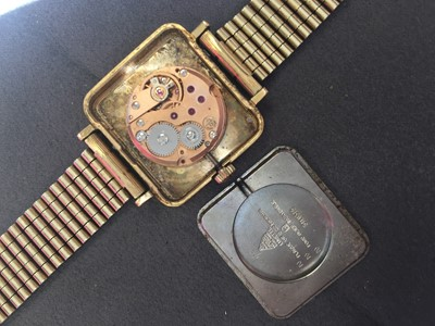 Lot 716 - A LADY'S OMEGA DE VILLE GOLD PLATED MANUAL WIND WRIST WATCH