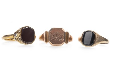 Lot 925 - THREE NINE CARAT GOLD SIGNET RINGS