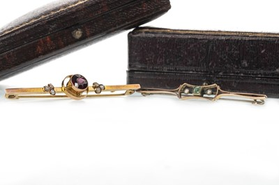 Lot 928 - TWO GEM SET BAR BROOCHES
