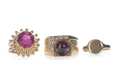 Lot 305-TWO GEM SET RINGS AND A SIGNET RING