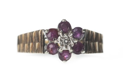 Lot 308-A RED GEM SET AND DIAMOND CLUSTER RING