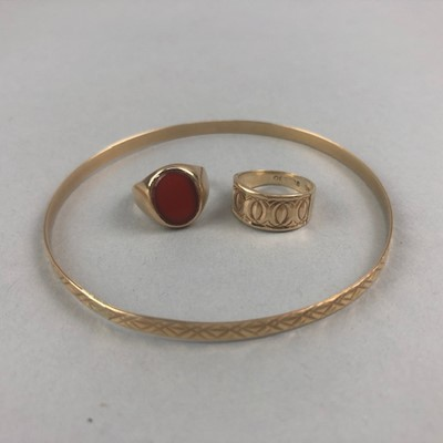 Lot 3-A NINE CARAT GOLD BRACELET AND TWO RINGS