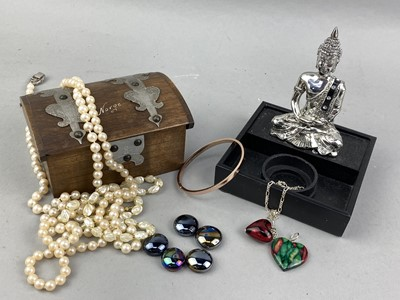 Lot 10-A COLLECTION OF COSTUME JEWELLERY