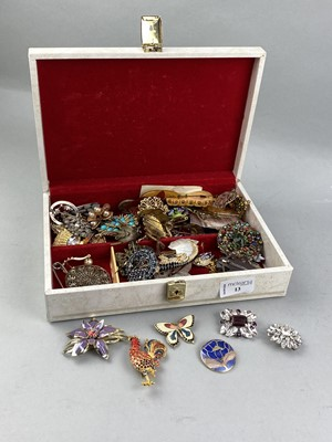 Lot 13-A COLLECTION OF COSTUME JEWELLERY