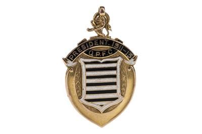 Lot 1709 - A QUEENS PARK FOOTBALL CLUB DIRECTORS GOLD MEDAL 1911-1913