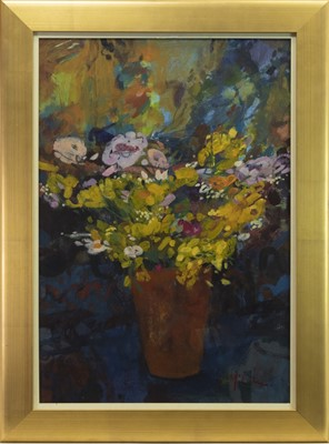 Lot 553-FLORAL STILL LIFE, AN OIL BY RORY MCLAUCHLAN
