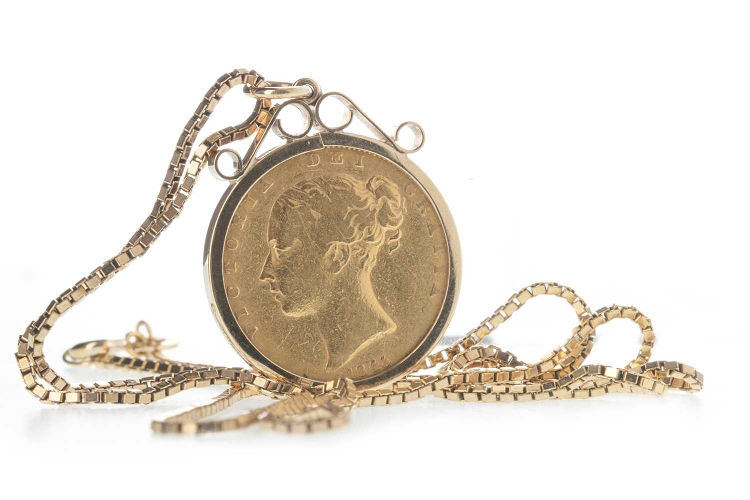 Lot 10-A QUEEN VICTORIA (1837 - 1901) GOLD SOVEREIGN DATED 1845 ON A CHAIN