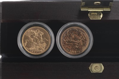 Lot 13-THE DIAMOND JUBILEE SOVEREIGN TWO COIN SET
