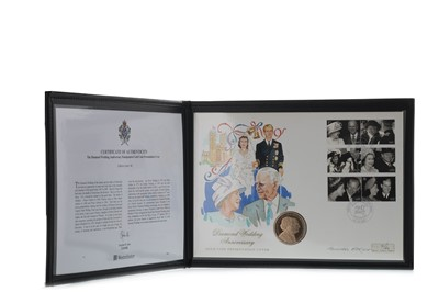 Lot 16-THE DIAMOND WEDDING ANNIVERSARY HANDPAINTED GOLD FIVE POUND £5 COIN PRESENTATION COVER