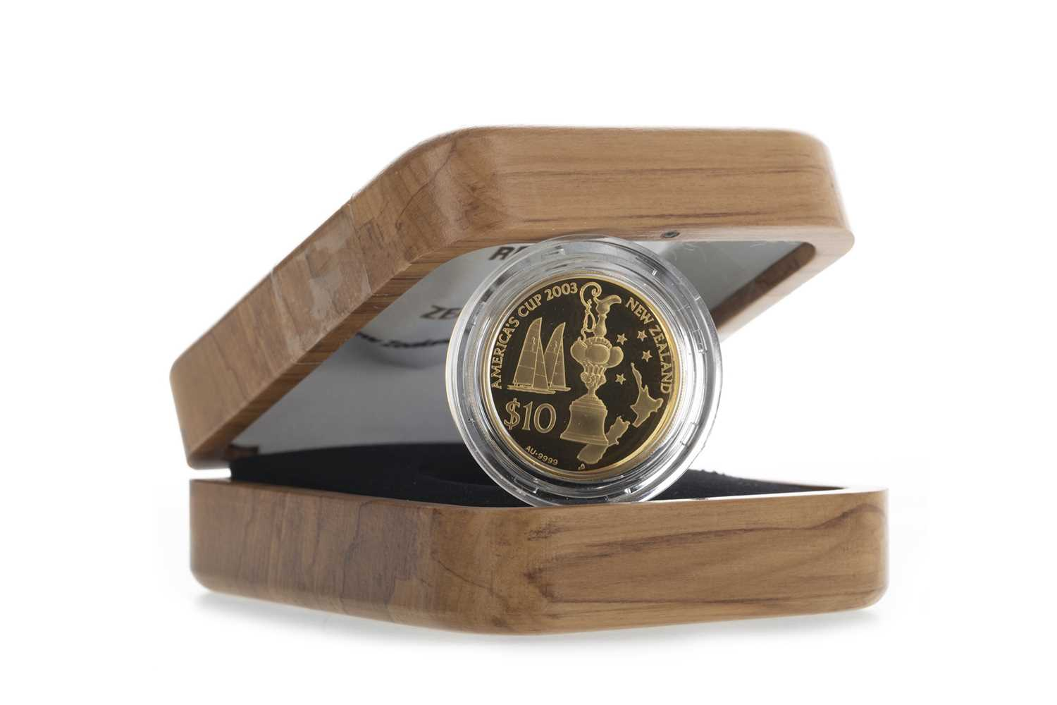 Lot 45 - THE NEW ZEALAND AMERICAS CUP TEN DOLLAR $10 PROOF COIN
