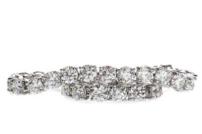 Lot 1310A-A DIAMOND TENNIS BRACELET