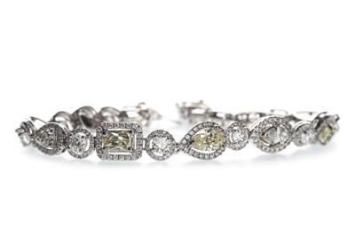 Lot 1350a-AN IMPRESSIVE FANCY COLOUR DIAMOND BRACELET