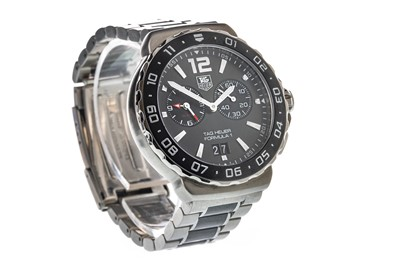 Lot 719-A GENTLEMAN'S TAG HEUER FORMULA ONE STAINLESS STEEL WRIST WATCH