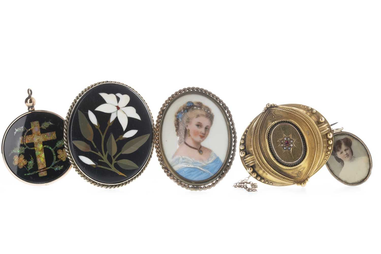Lot 311-A MOURNING BROOCH, PORTRAIT PENDANTS AND OTHER JEWELLERY