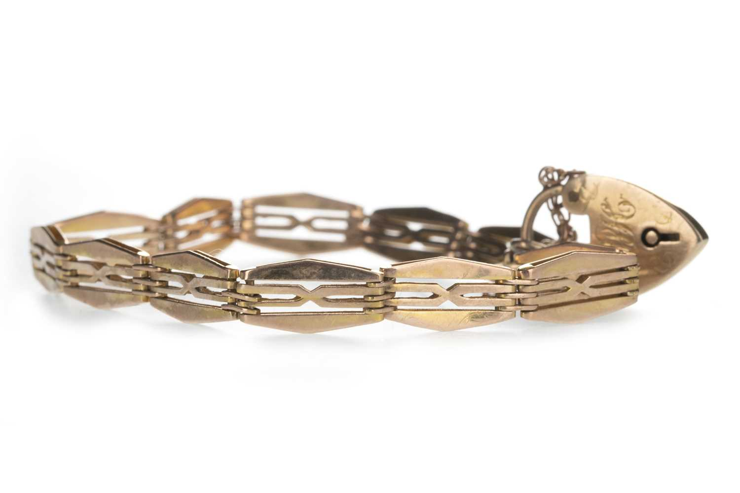 Lot 316-NINE CARAT GOLD BRACELET