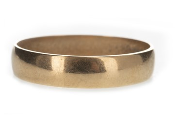 Lot 315-A GOLD WEDDING BAND