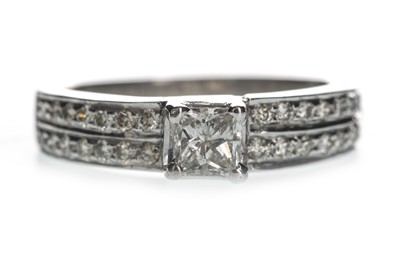 Lot 347-A DIAMOND DRESS RING