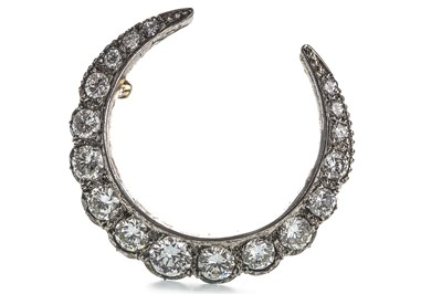 Lot 325-A DIAMOND CRESCENT MOON BROOCH